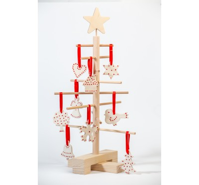 Xmas3 XS2 wooden tree with  SnowClay ornaments